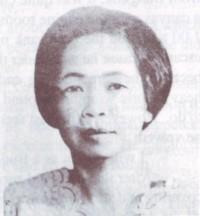 Mrs. Hoon Sapthong